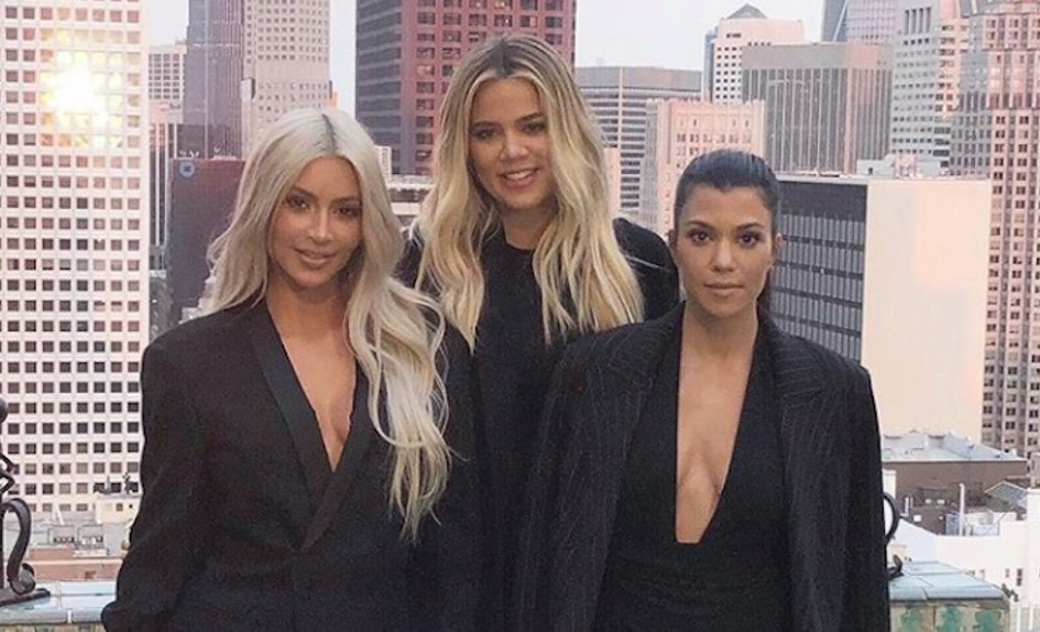 4 Fan Theories About Day 25 Of The Kardashian Christmas Card That ...