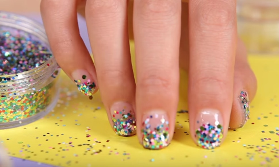 11 Easy New Year\'s Nail Art Looks You Can Definitely Recreate At Home