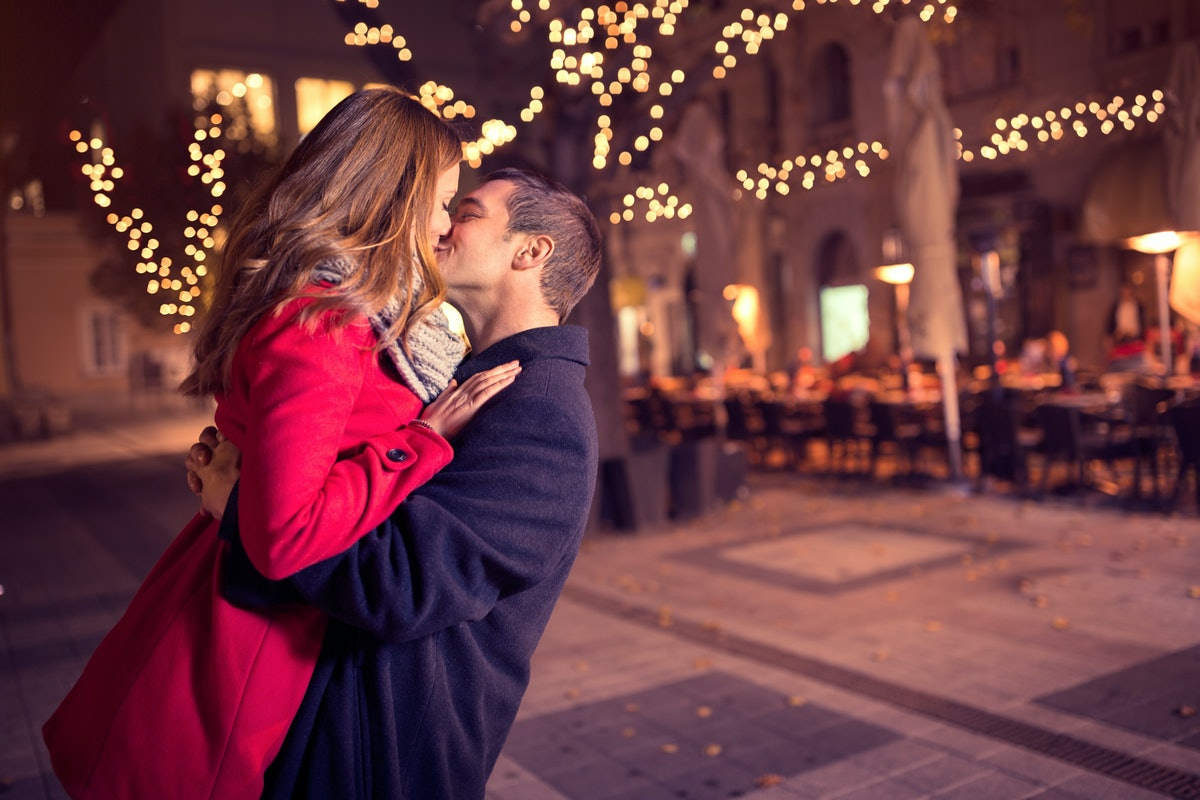 There's A Scientific Reason People Are More Interested In Sex Around Christmas