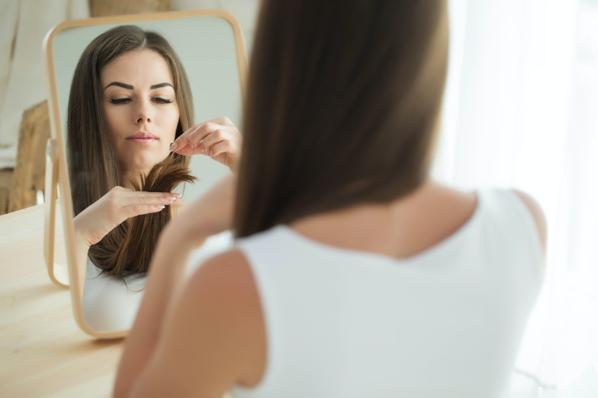 The 6 Best Hair Serums For Dry Hair