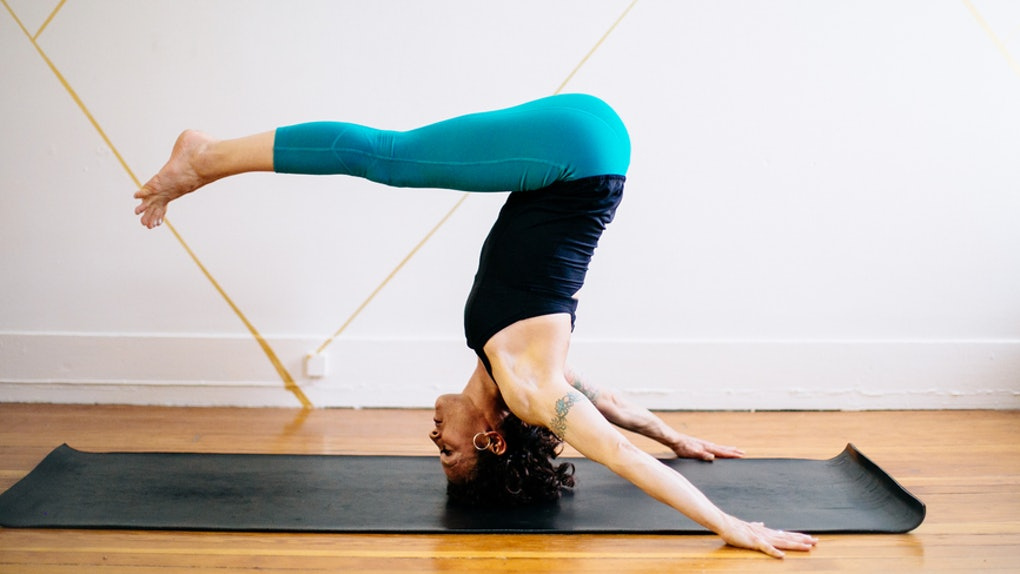 13a02c3211 Are Yoga Pants Bad For You? 6 Things That Could Happen If You Wear Them All  The Time