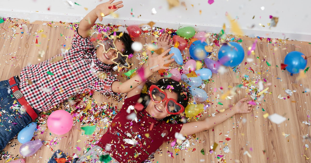 12 Fun Things To Do On New Year's Eve If You Have Kids
