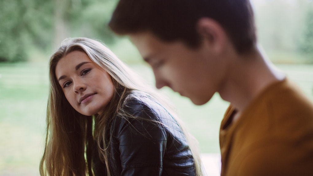 10 Red Flags You're Dating A Loser, According To Experiences From