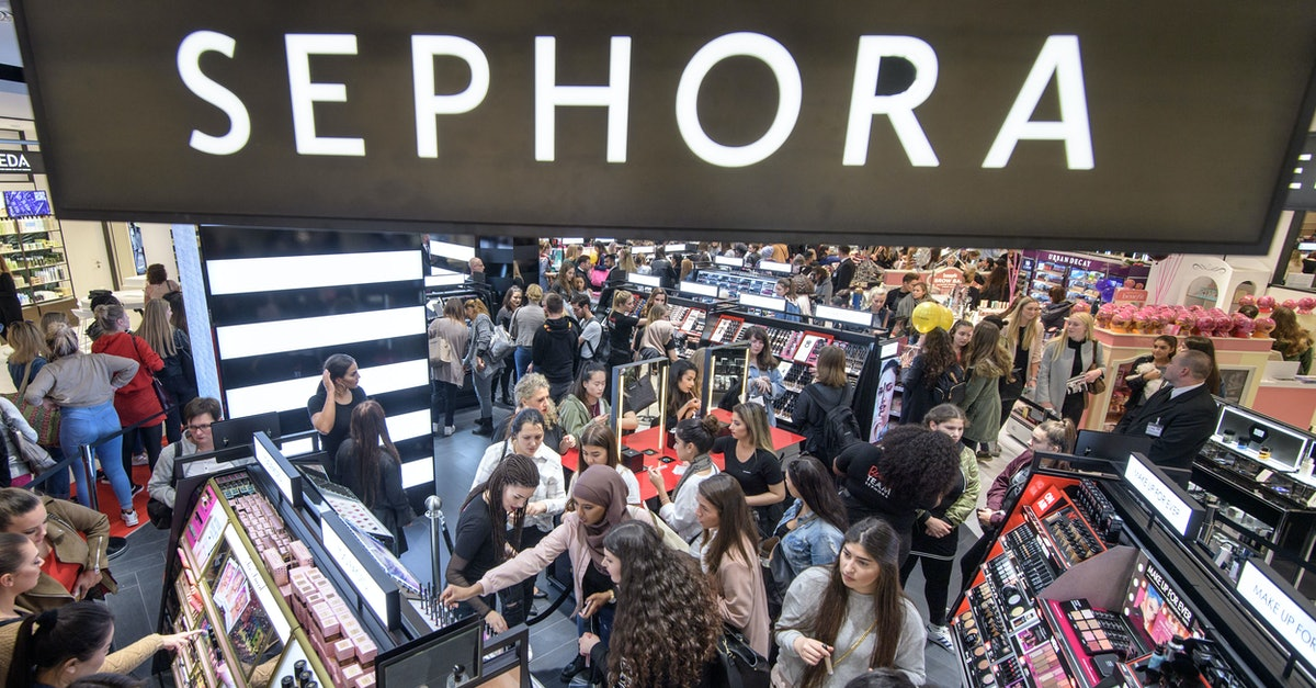 Sephora's Year-End Sale Includes $7 Lip Palettes & Brush Sets for $30