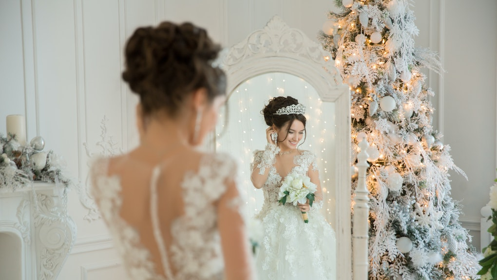 Christmas Wedding Ideas.10 Christmas Wedding Ideas That Truly Bring The Holiday