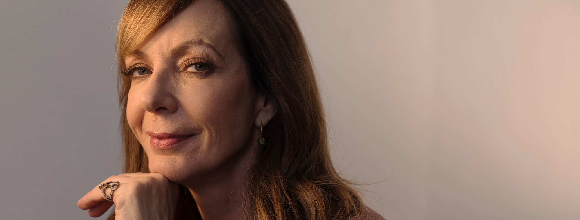Allison Janney Pics how allison janney gets through the mess that's 2017 with