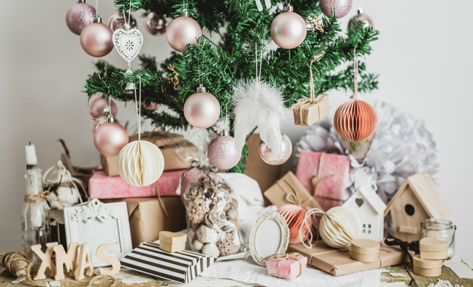 6 rose gold christmas decorations youll be totally obsessed with - Pink And Gold Christmas Decorations