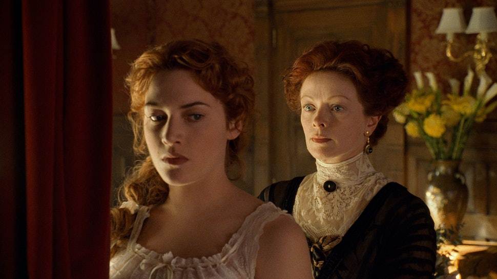 Rose's Mom In 'Titanic' Almost Wasn't Evil — But James