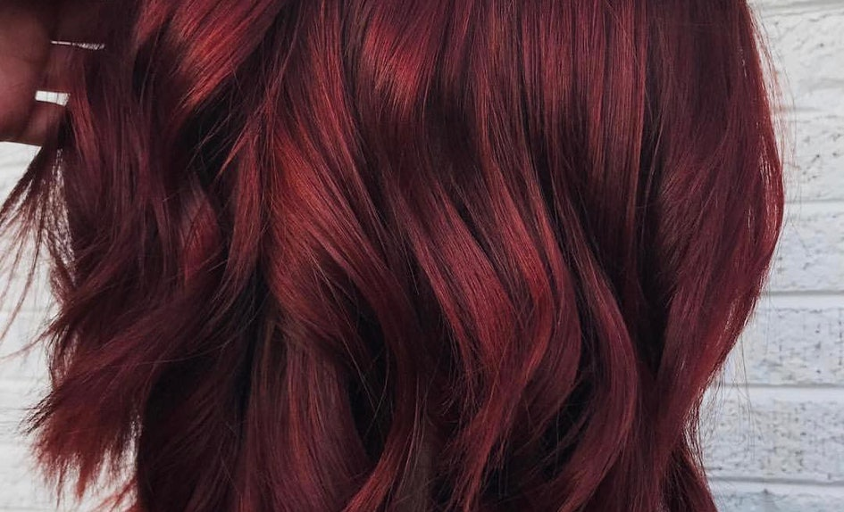 Photos Of Mulled Wine Hair Color Prove Its The 90s Meets Holiday