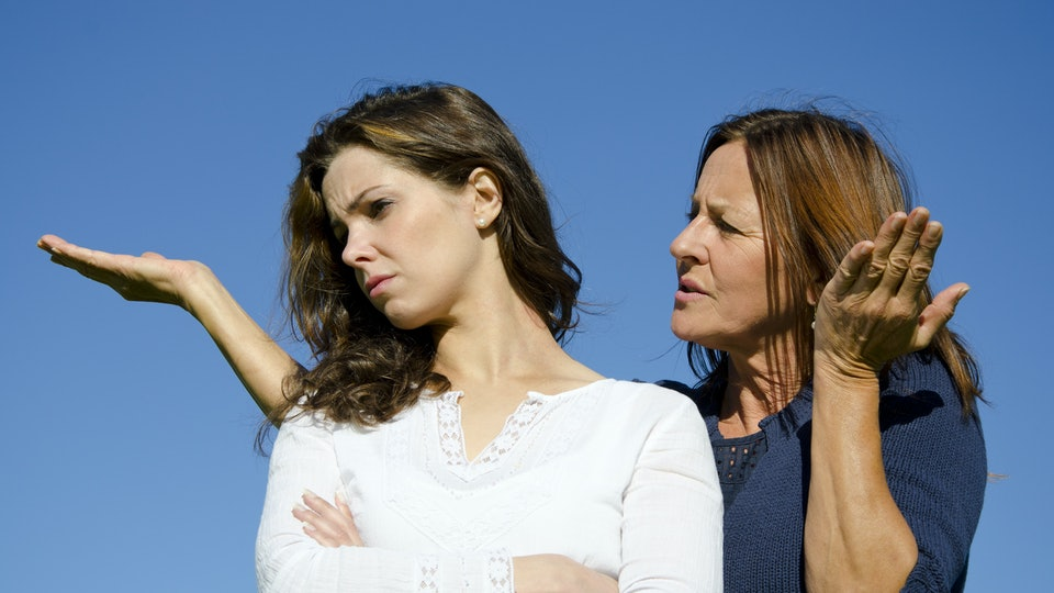 The Worrisome Relationship Between >> 13 Subtle Signs You Have A Toxic Relationship With Your Mom