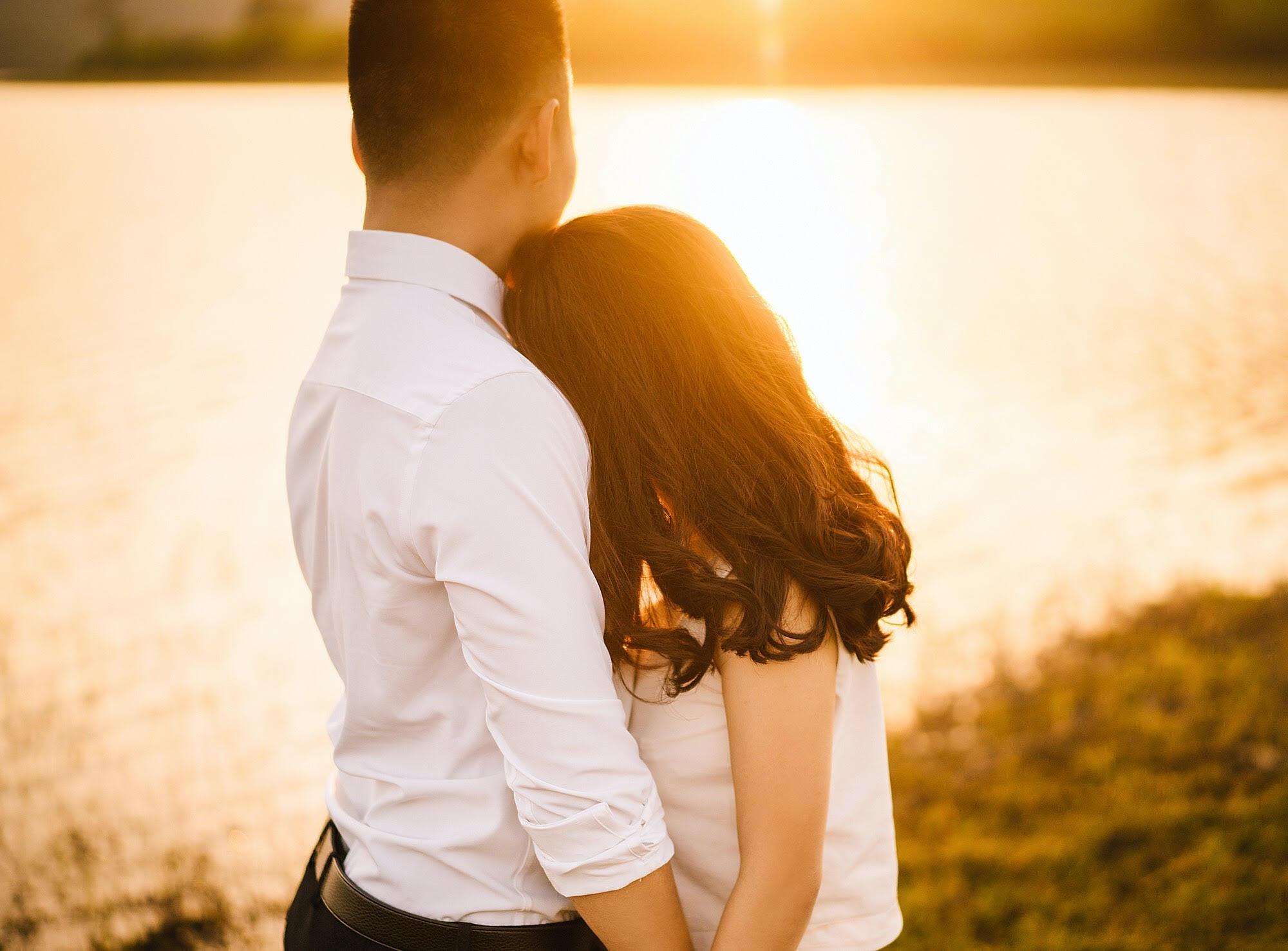 Romantic gestures for men