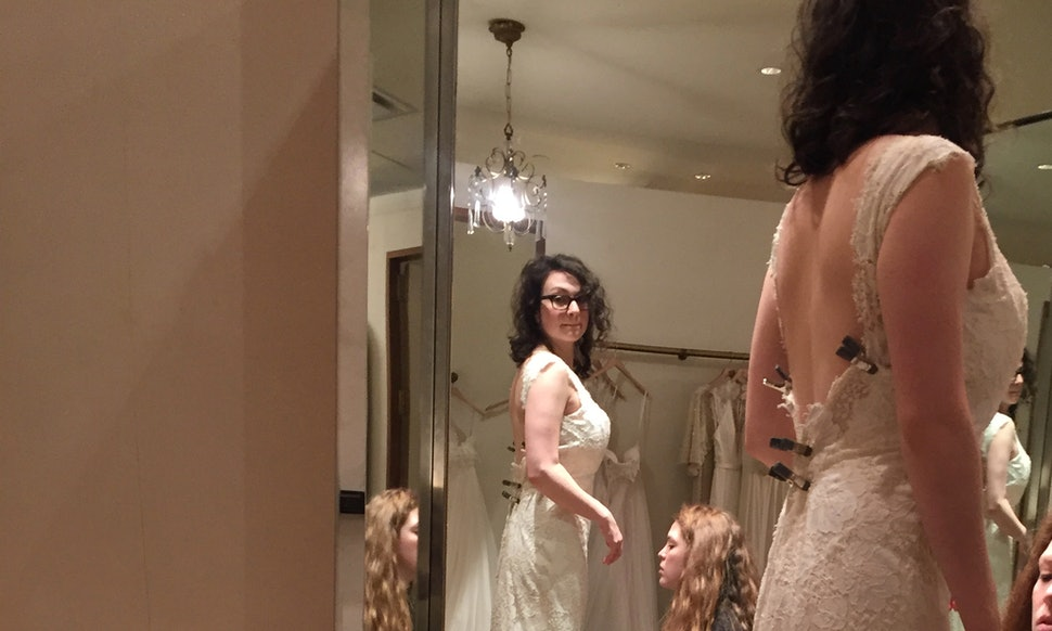 To know latina bride online