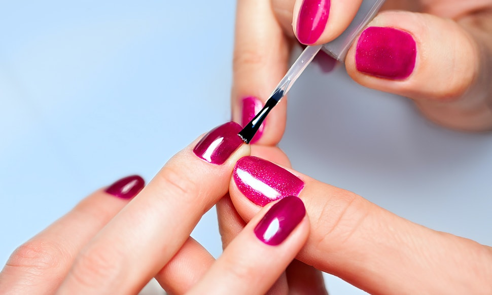 The 7 Best Non-Toxic Nail Polishes