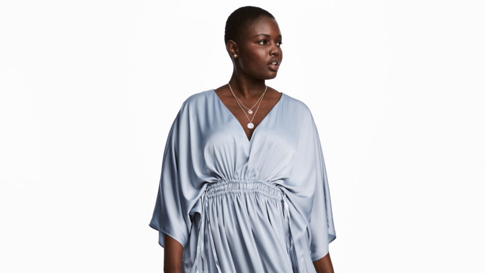 57b995cea87 29 Plus Size Caftans That Can Easily Transition Into Your Fall Wardrobe