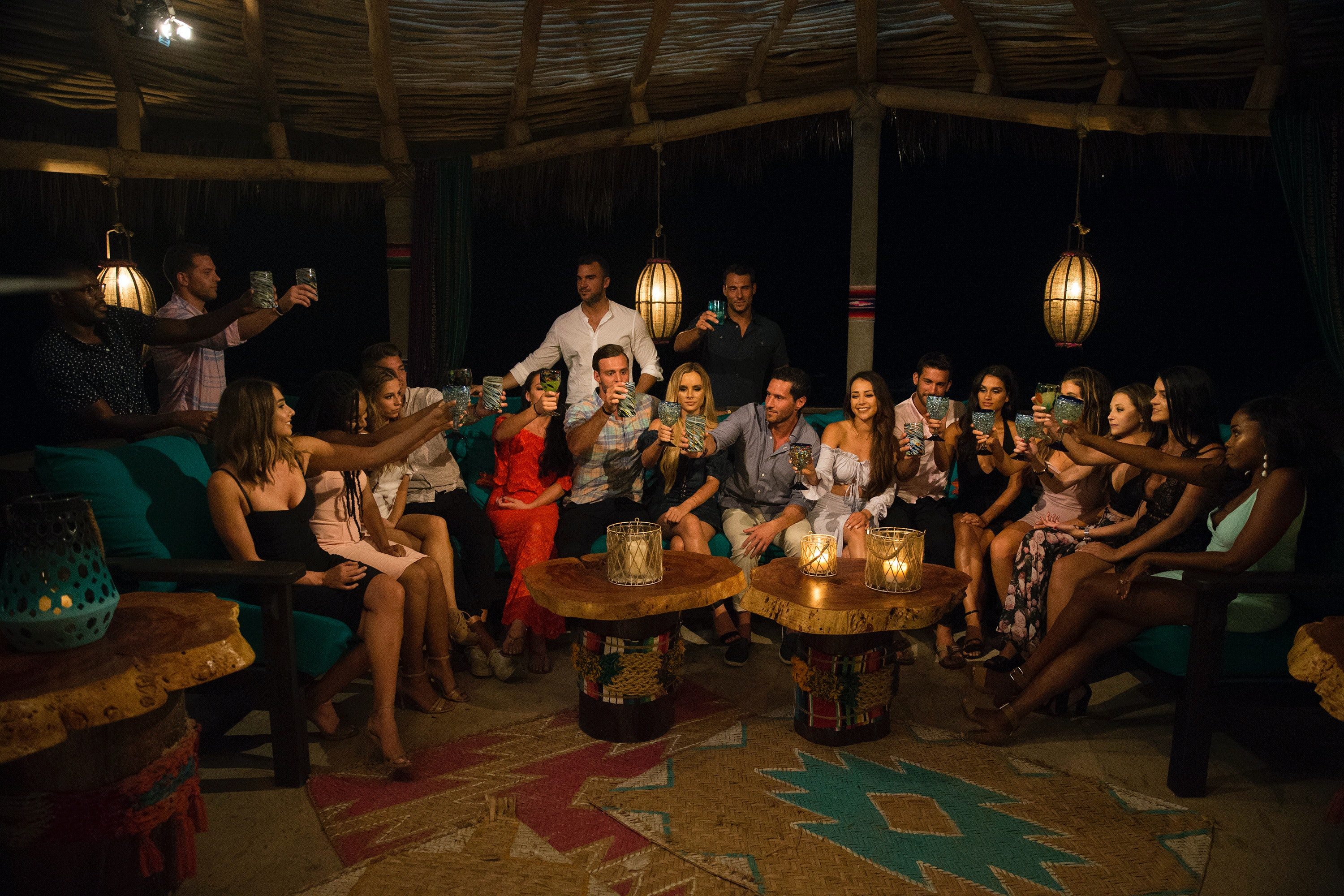 Is Bachelor In Paradise On Tonight Labor Day Could Bring More Drama