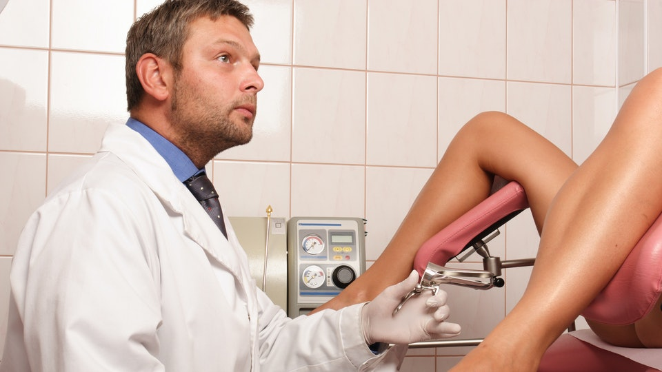 What's The Difference Between An Obstetrician And A Gynecologist