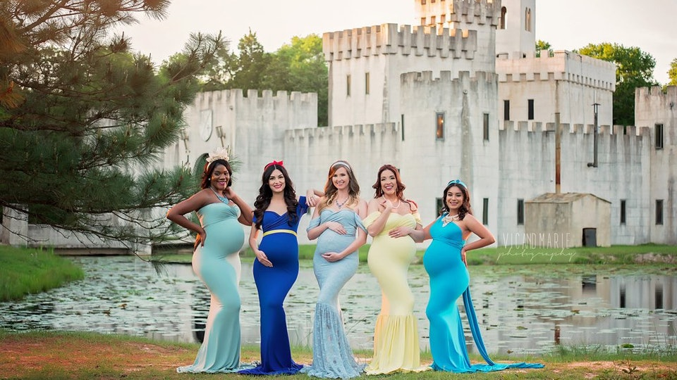 d36ceadf066 These Pregnant Women Dress Up As Disney Princesses