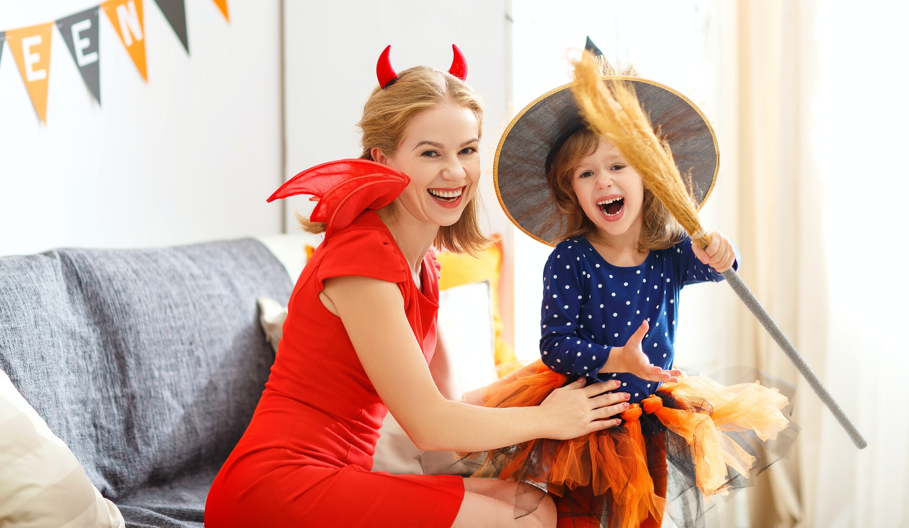 8 Easy Last Minute Halloween Costumes For Moms