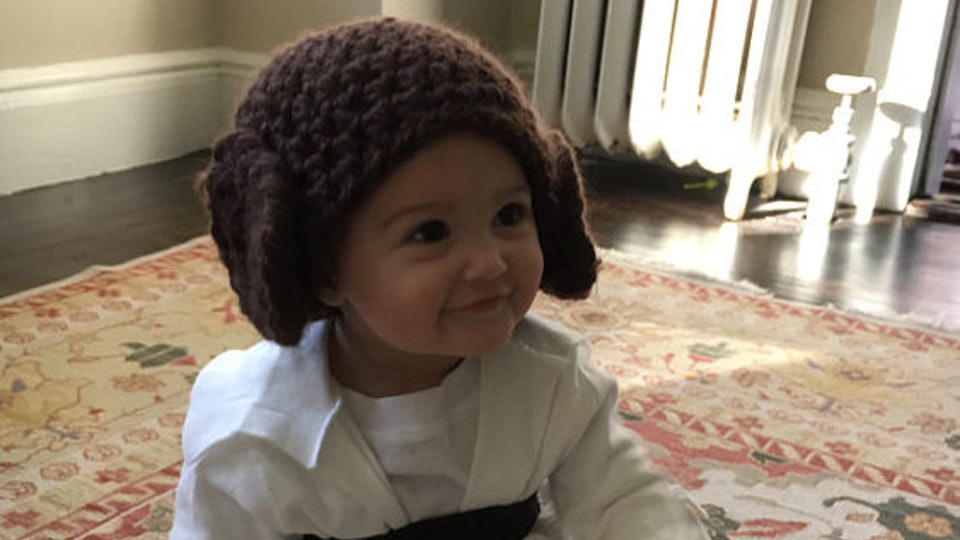 51a19825a8a 7 Easy   Adorable Princess Leia Halloween Costumes For Babies