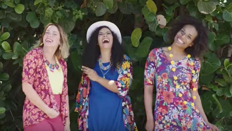 6c666fc1a40b LuLaRoe Changes Its Consultant Return Policy, & People Are Furious