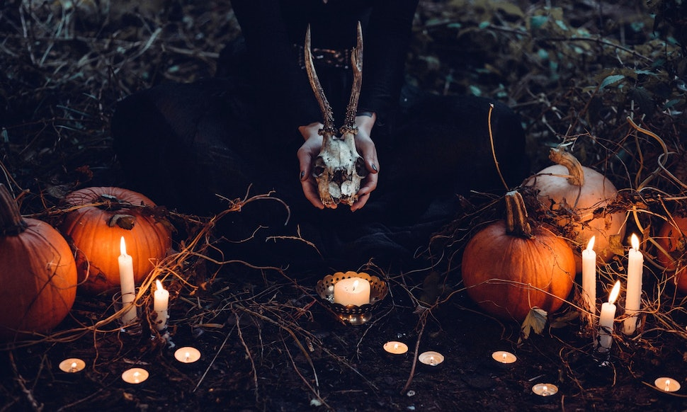 12 scary halloween party ideas to give your guests a spook theyll never forget