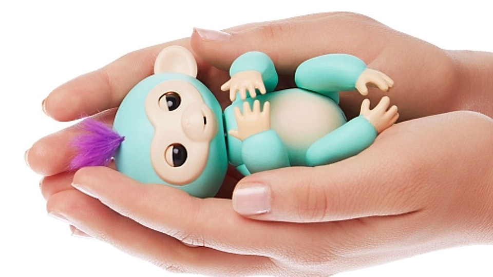 How To Play With Fingerlings Because Your Kid Is Going To Be