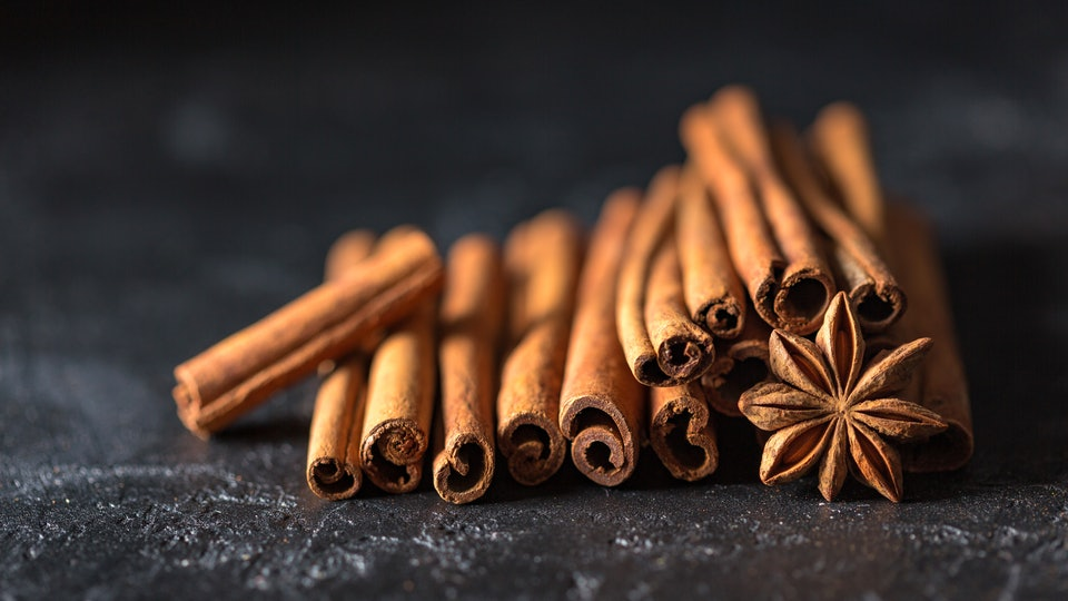 Can Cinnamon Induce Labor? Experts Weigh In