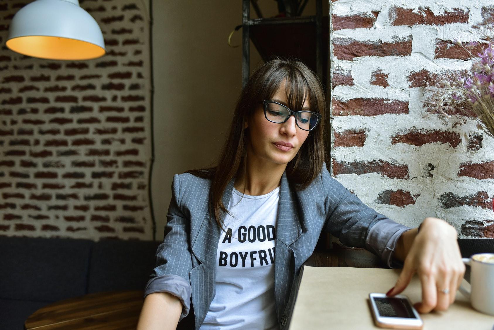too good looking online dating