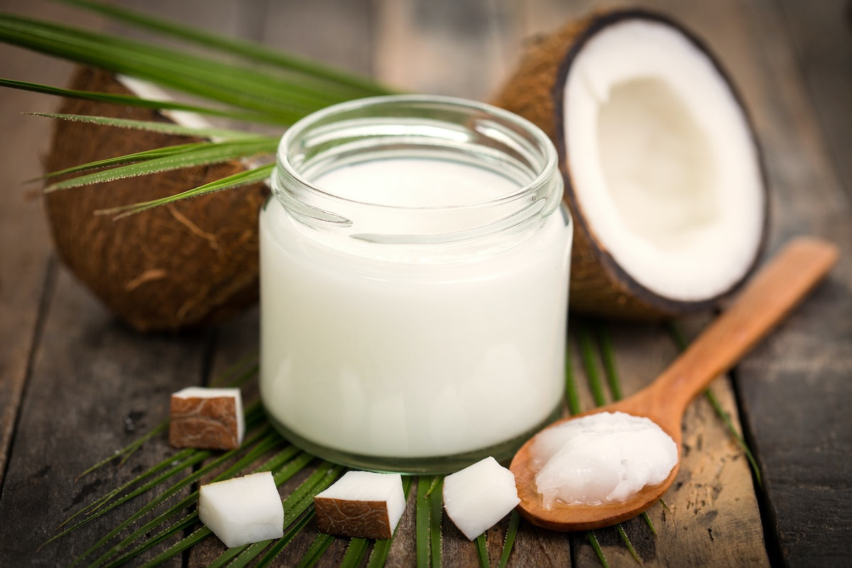 16 Surprising Uses For Coconut Oil