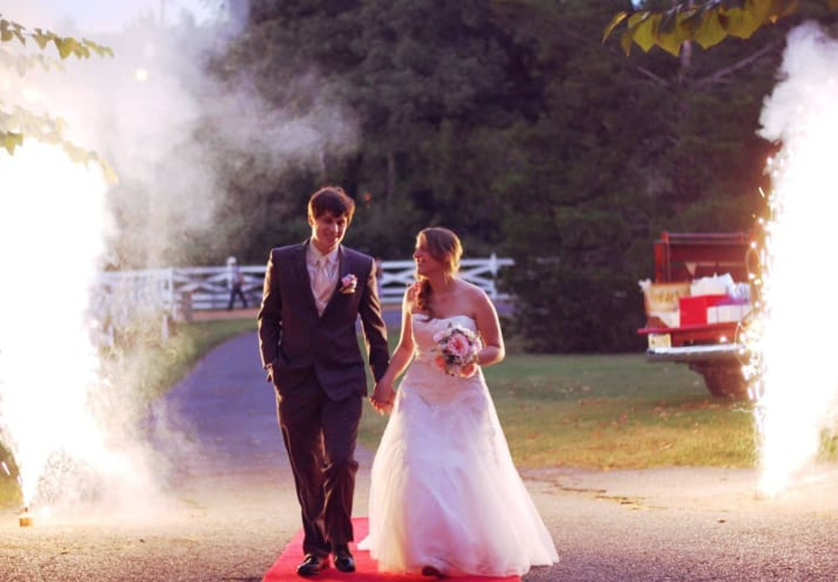 This Couple Who Met On Neopets & Eventually Got Married Is Seriously So Cute & I'm Crying