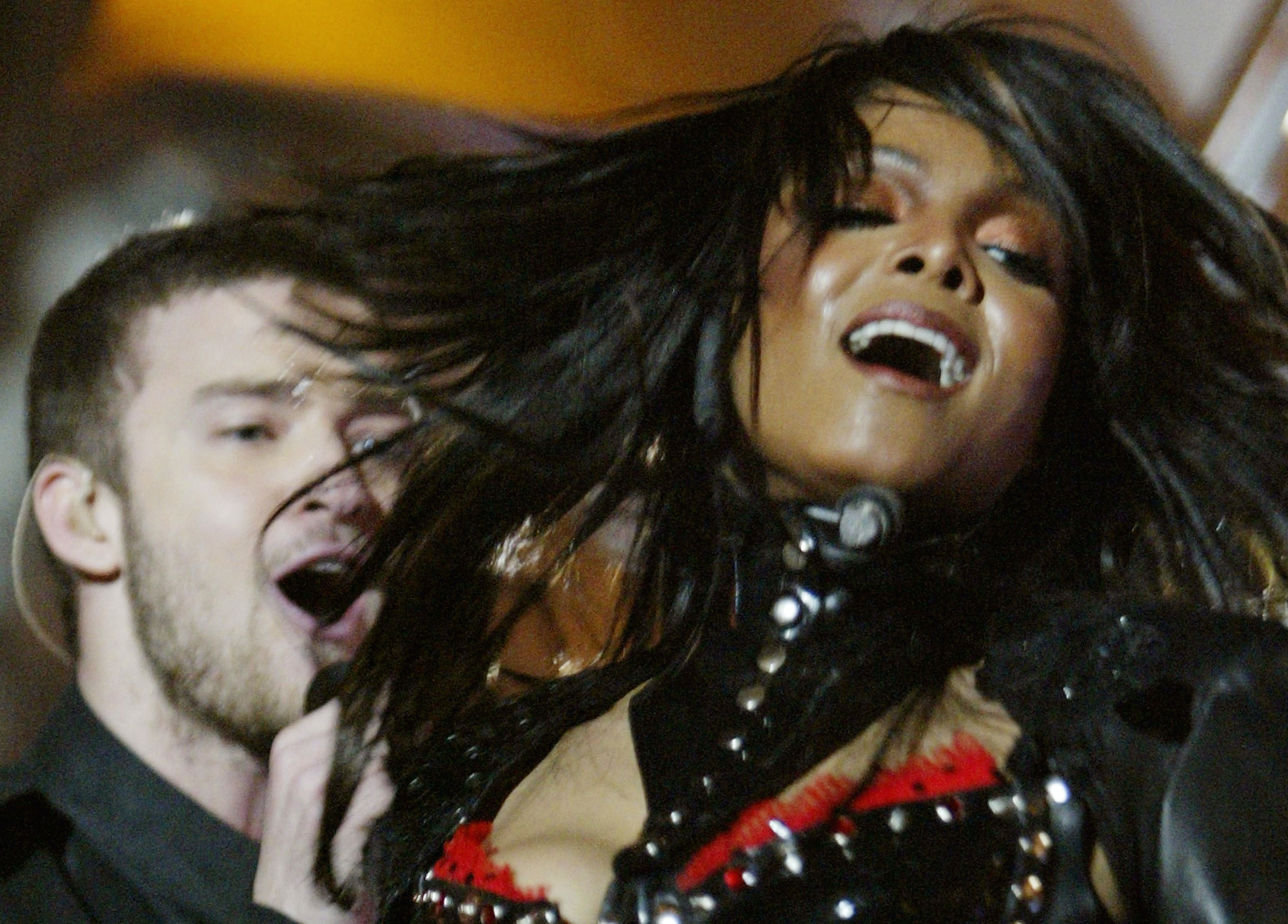 Video Of Justin Timberlake Janet Jacksons Super Bowl Show Proves