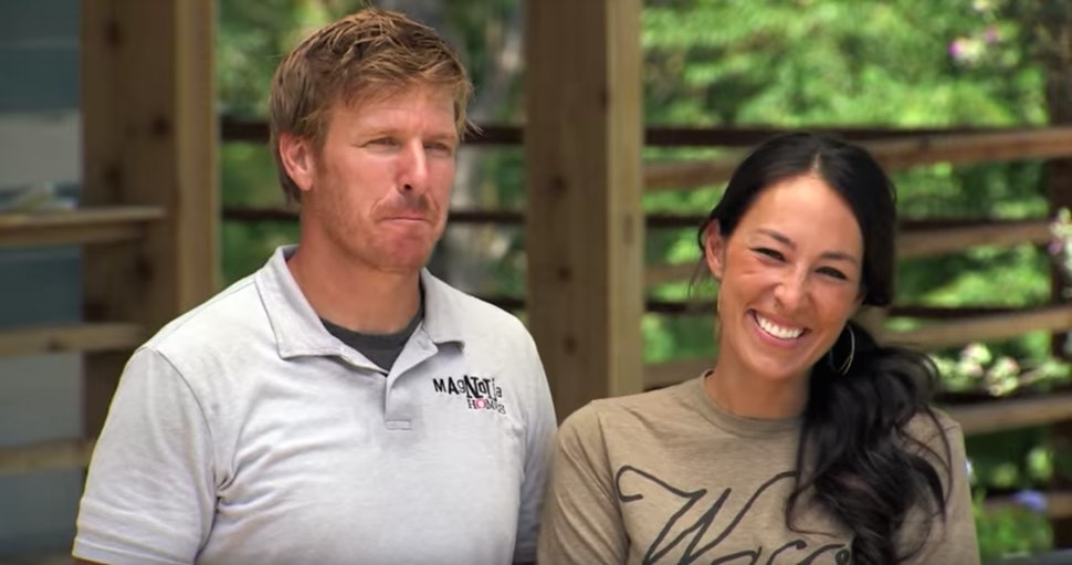 Do Fixer Upper Homeowners Keep The Furniture Chip Joanna Gaines
