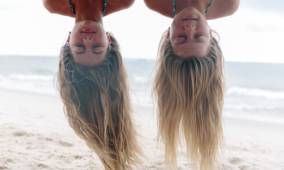7 Easy Hairstyles For The Beach That Every Lazy Girl Will Love On ...