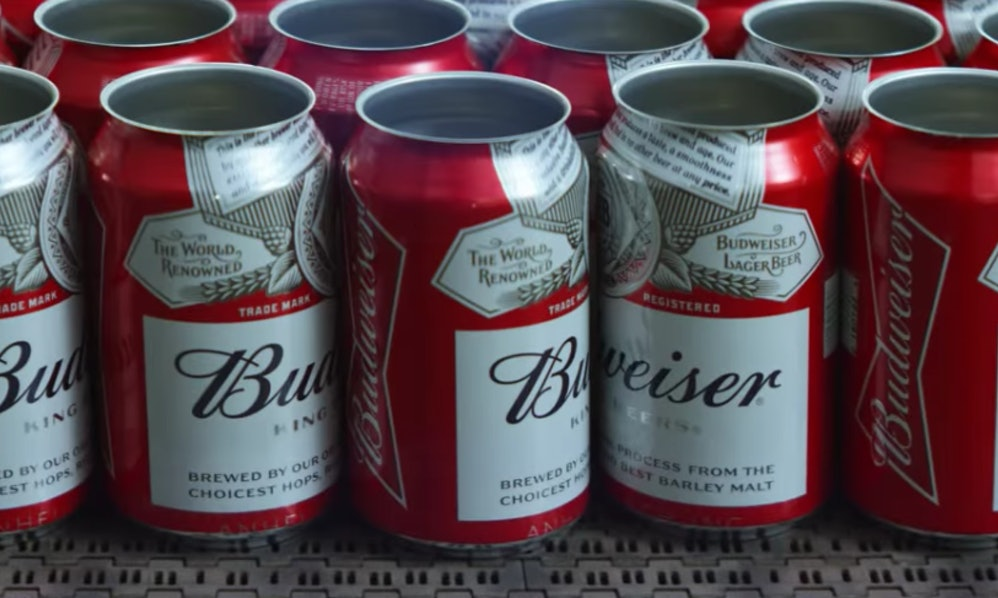 The 2018 budweiser super bowl commercial is here it will make you the 2018 budweiser super bowl commercial is here it will make you feel things mozeypictures Images