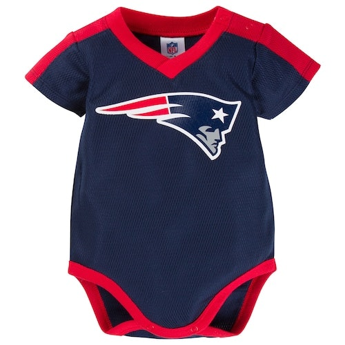 finest selection 42208 91035 7 Adorable Baby Onesies For Patriots Fans Because They've ...