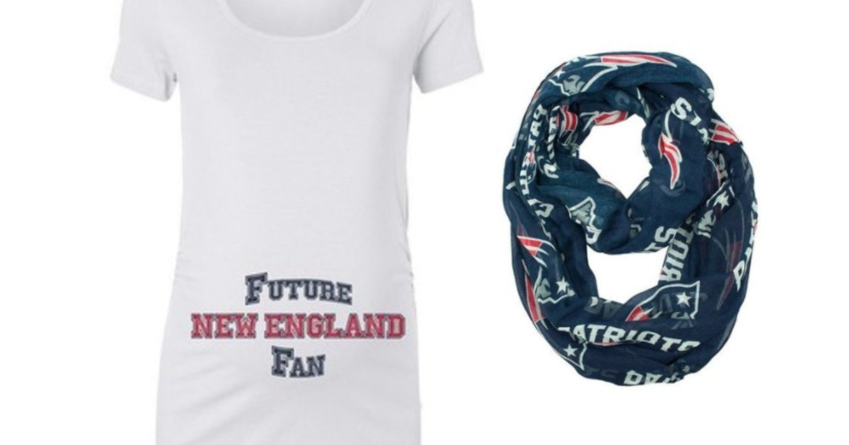 7 Maternity Outfits For Patriots Fans That'll Make You A Game Day Winner
