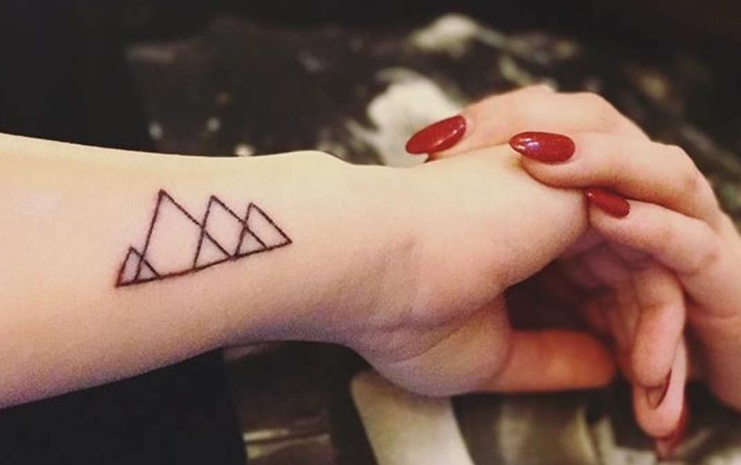 2018 Tattoo Trends Predict Dainty Geometric Designs Will Be On Point