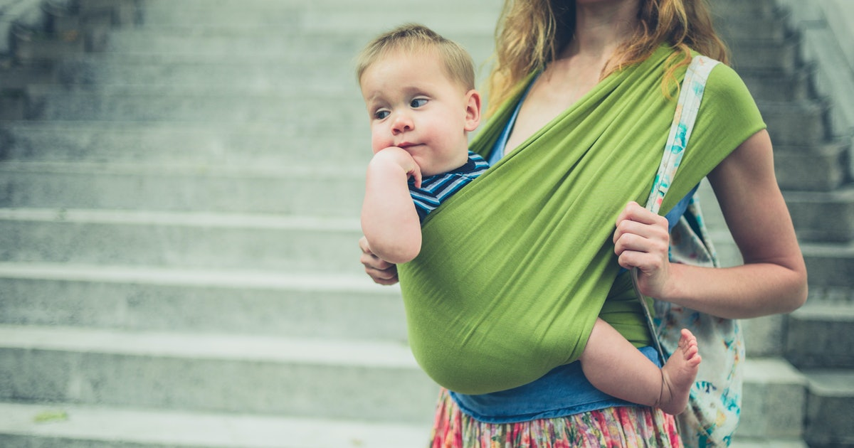 """10 Confessions Of A Babywearing """"Failure"""""""
