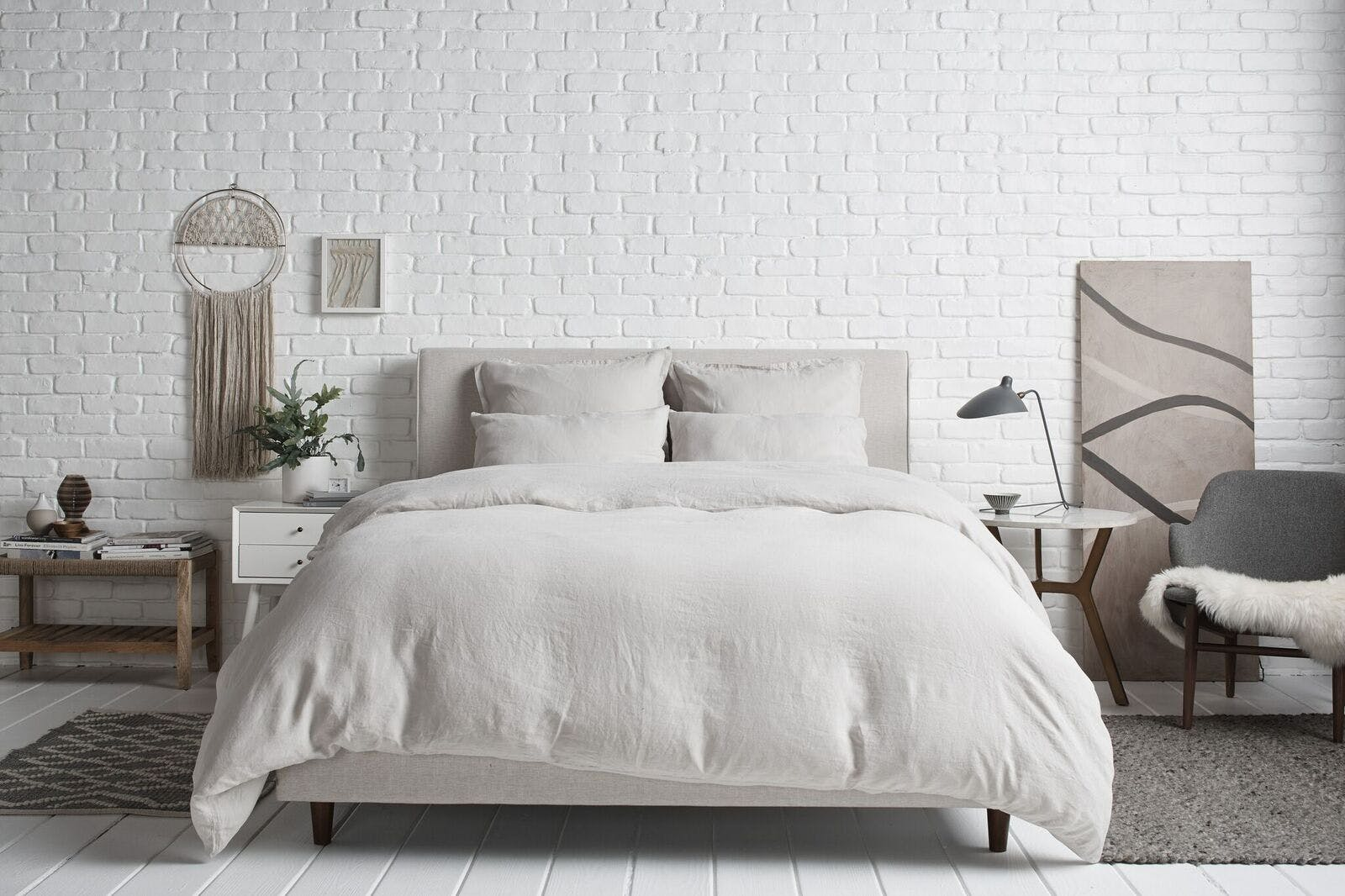 5 Cozy Bedding Sets For Every Budget That Will Keep You Warm All Season