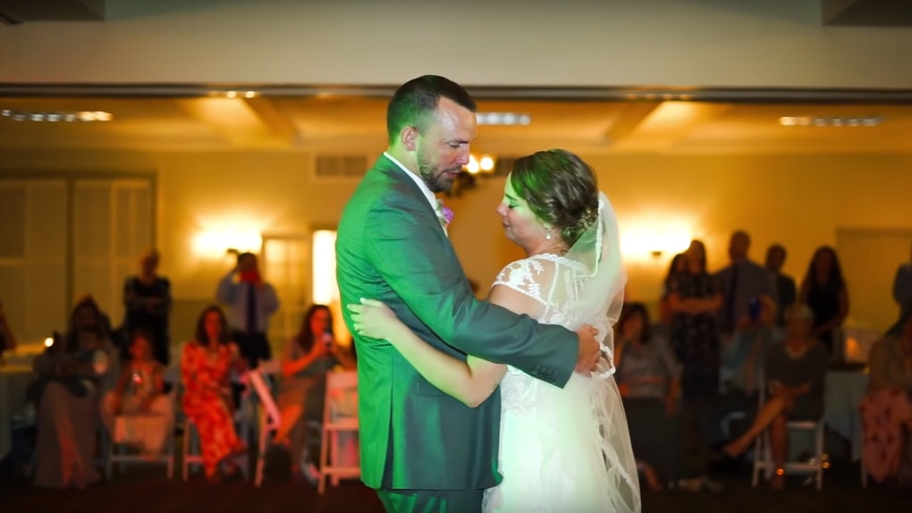 U Tube Wedding Dances.Kaley West Young S Wedding Dance With Her Brothers After Their Dad S