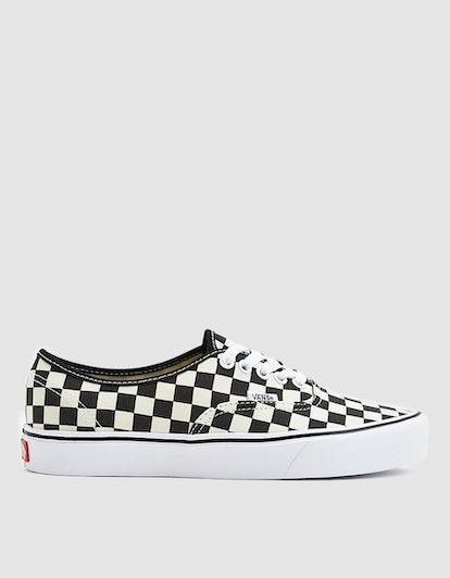 Authentic Lite Sneakers