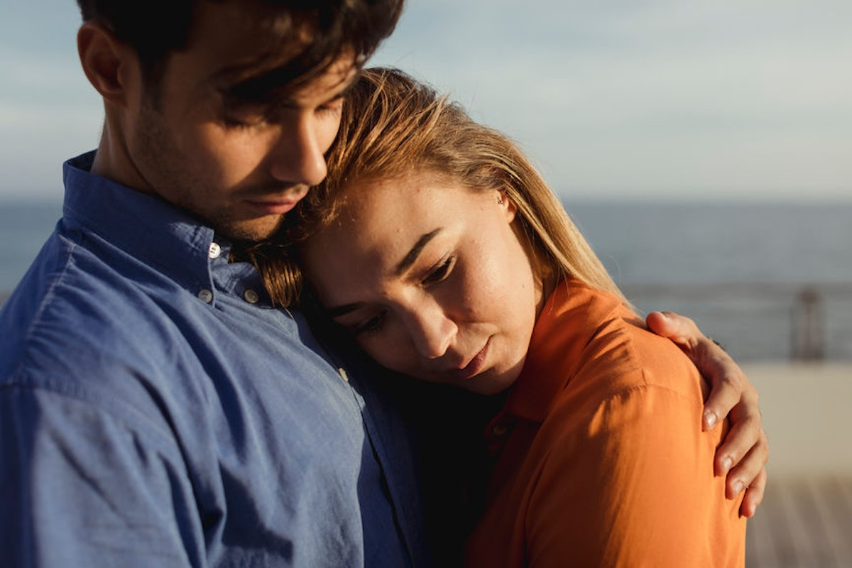 4 Signs Your Relationship Is Just Not Working, No Matter How Hard You Try