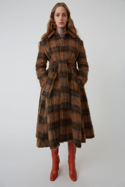 Checked Coat in Camel/Brown