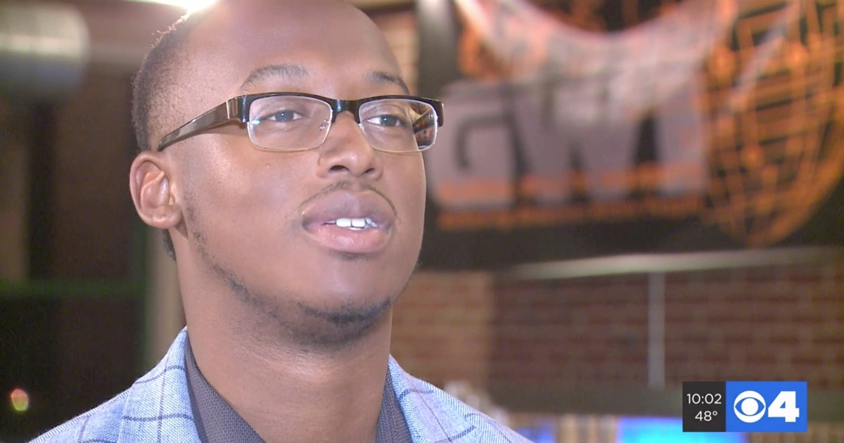 D'Arreion Toles' Response To A White Woman Blocking Him From His Home Is A M...