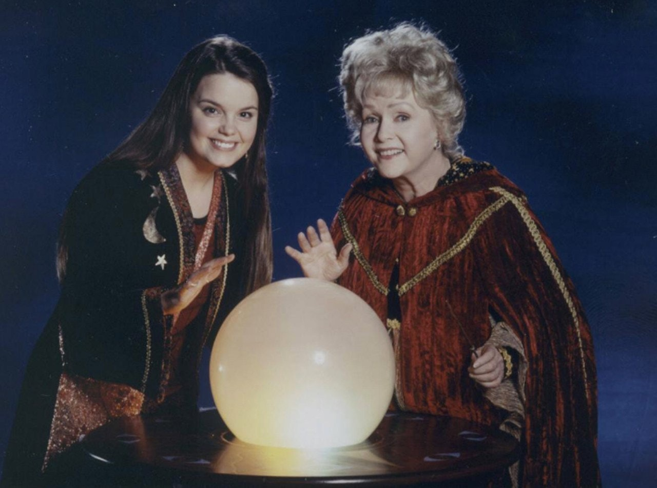 Why \u0027Halloweentown\u0027 Is Such A Timeless DCOM, According To