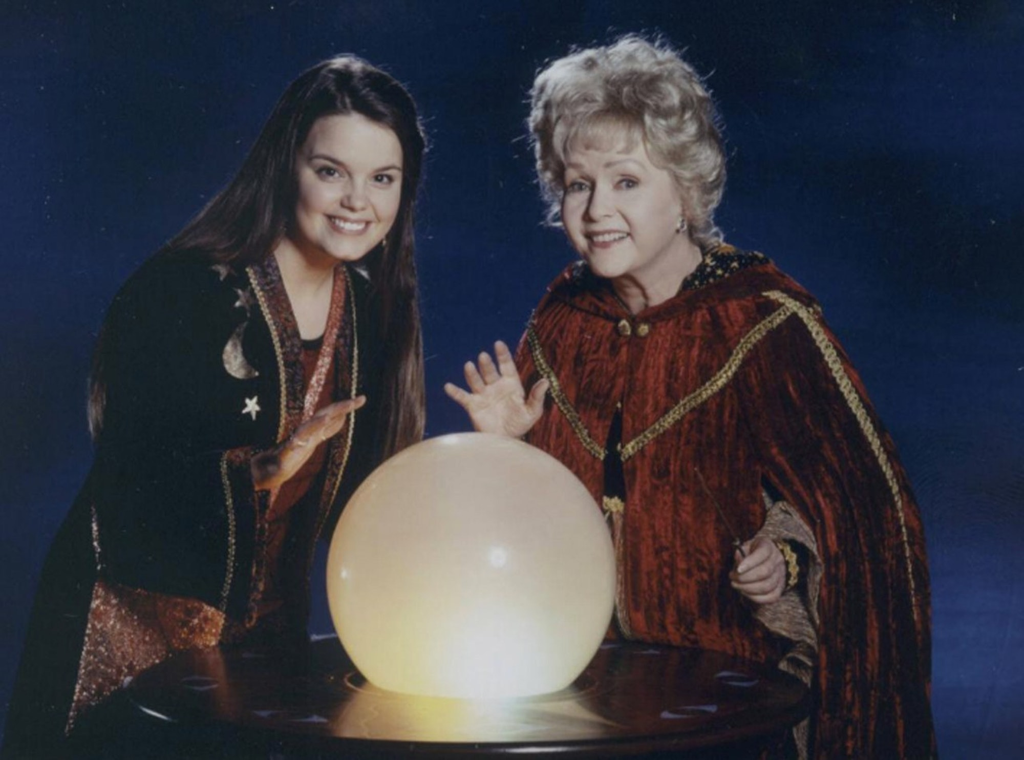 why did 'halloweentown' change marnie's actress? the cromwell witch