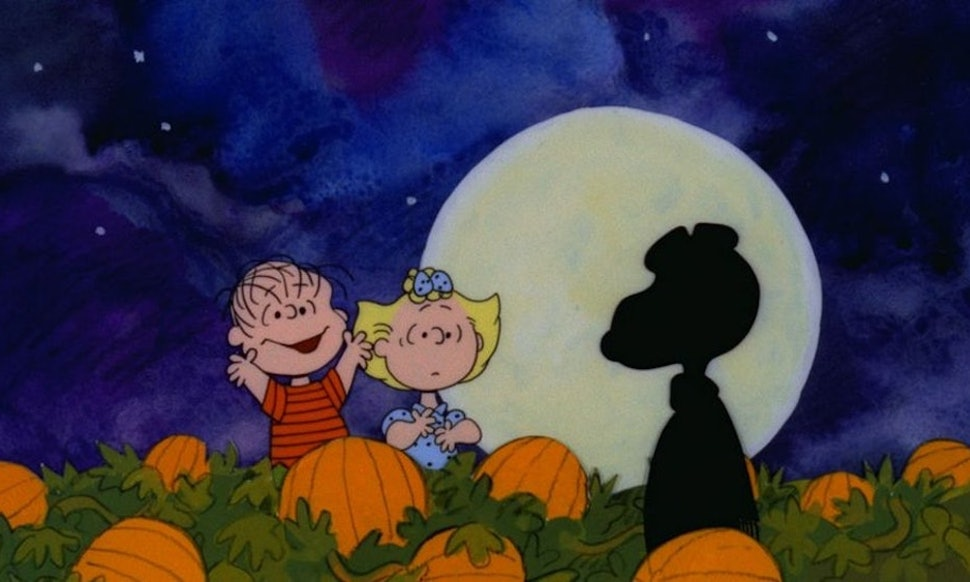 when does its the great pumpkin charlie brown air your favorite halloween special is making a comeback