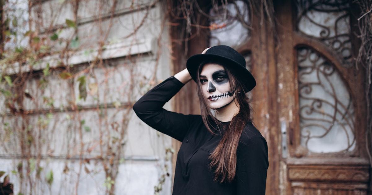 The 12 Spookiest Halloween Costumes on Walmart.com