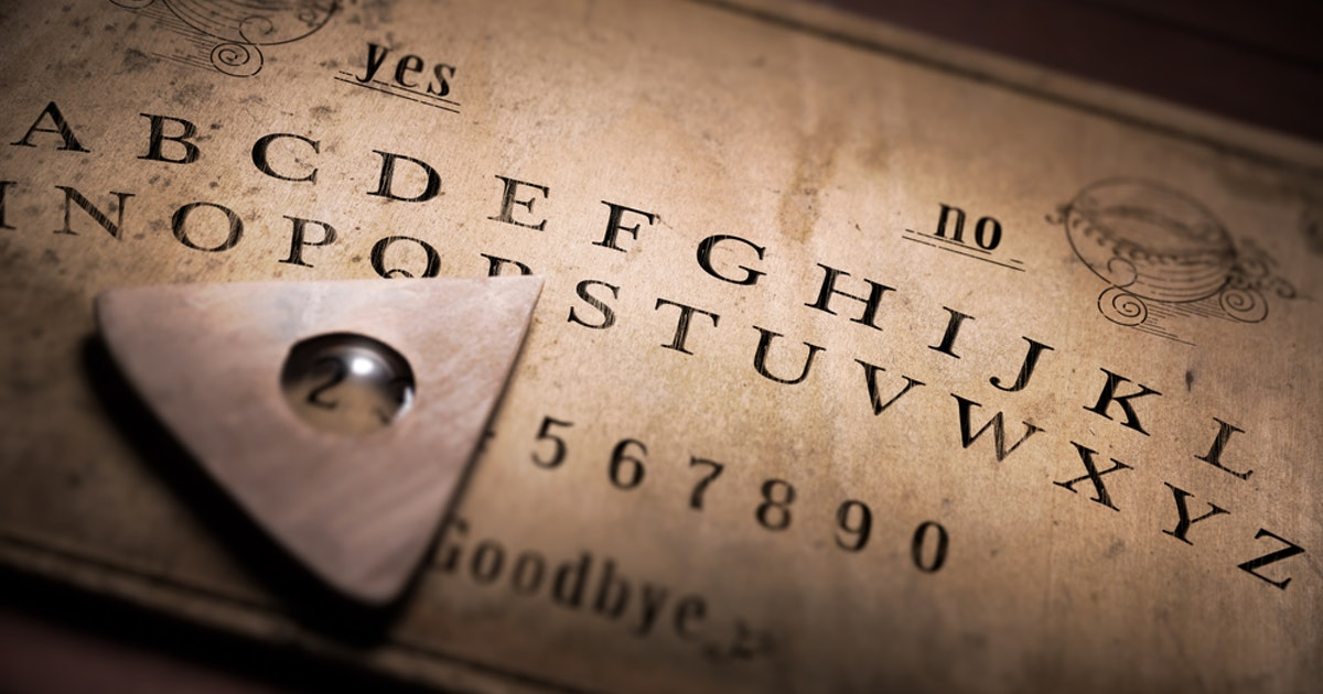 7 Creepy Ouija Board Stories That Will Make You Regret Using Them At All Your Childhood Sleepovers