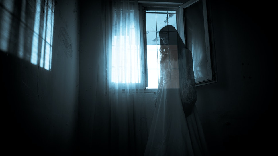 The Difference Between Ghosts, Poltergeists, & Demons That